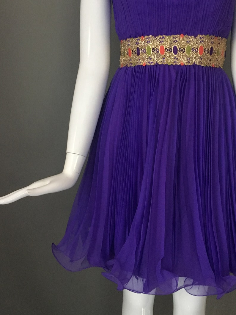 Vtg 70s Grape Purple Frilly Hem Party Dress Embroidered Gold Metallic Attached Applique Encircles Waist Fully Lined XS S