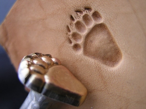 011-03 TEDDY Bear track paw Brass stamp Leather Saddlery Tool Punch 3D