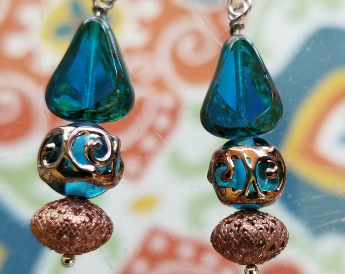 Earrings teal and copper glass