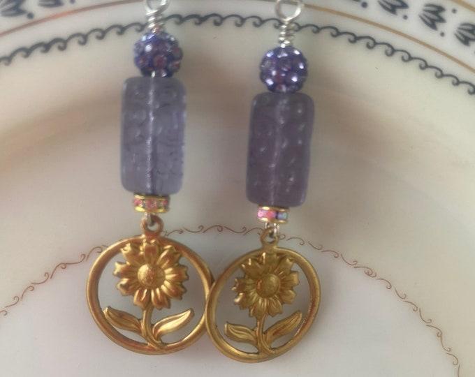 Flower earrings, lavender