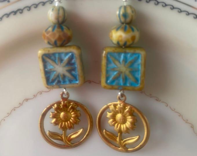 Flower earrings, turquoise, lime, beige