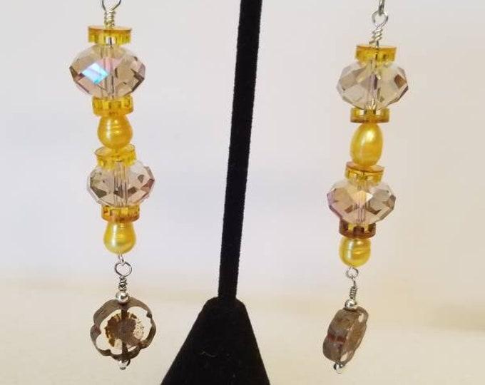 Earrings. Crystal and Pearl dangle earrings Czech beads