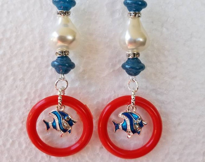 Fish dangling earrings