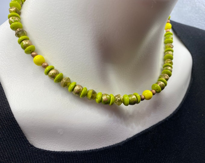 Choker Necklace Glass. Green, Yellow, Copper