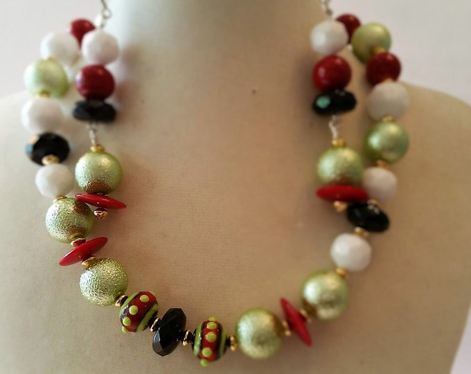 """Necklace and Earring set. Mid-Century, Retro. Swing Era. 16"""" necklace. 2.5"""" earrings."""