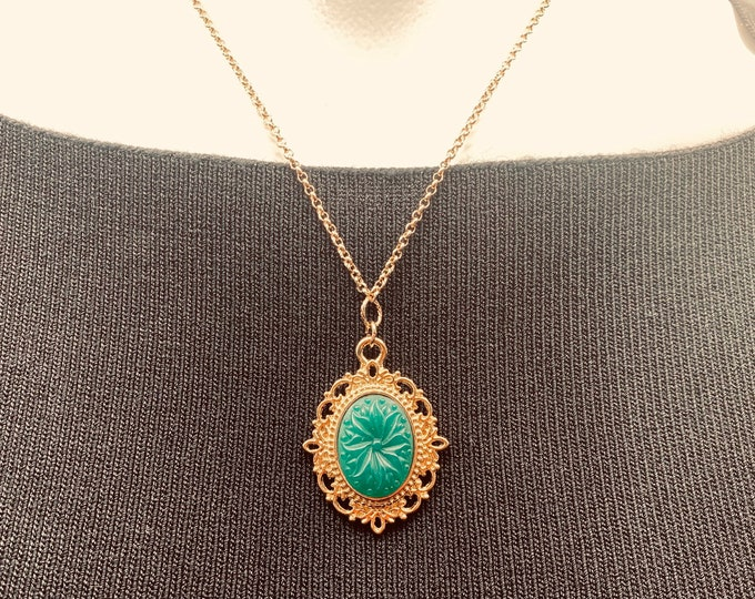 """Green Pendant necklace with gold plated chain. 19"""" length"""