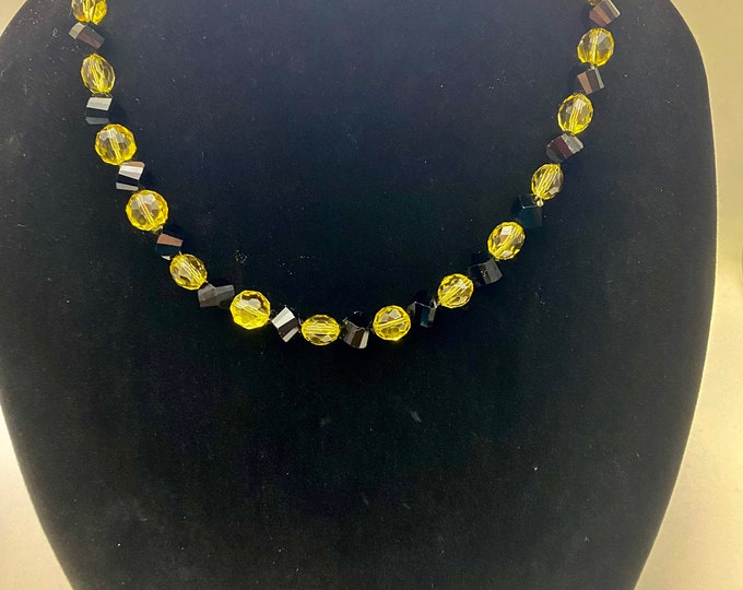 Multifaceted vintage yellow and black glass beaded cocktail party choker necklace