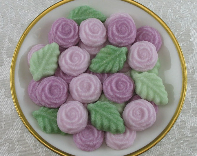 36 Rosy Mauve Open Rose and Leaf Sugar Cubes