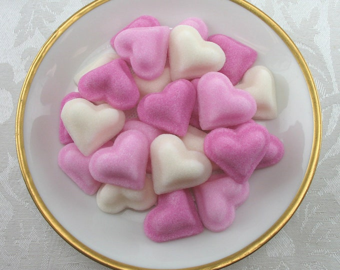 30 Puffed Heart Sugar Cubes
