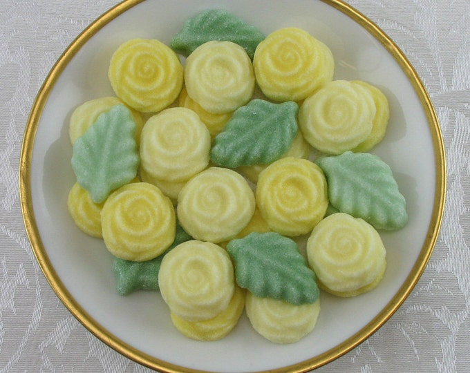 36 Yellow Open Rose and Leaf Sugar Cubes