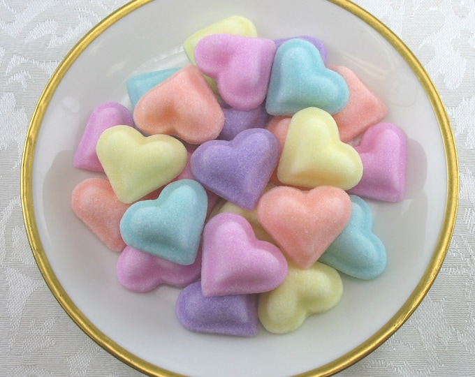 30 Puffed Heart sugar cubes in Pastel Mix