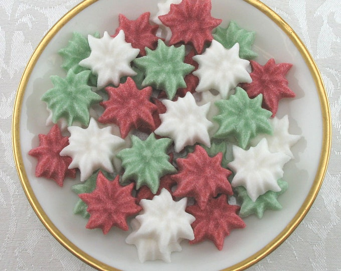 45 Mini Poinsettia Shaped Sugar Cubes for all your Christmas Celebrations!