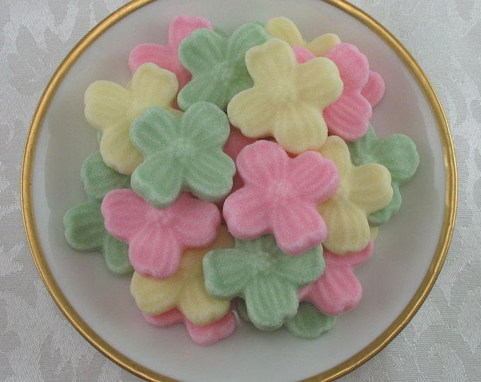 24 Dogwood Blossom Sugar Cubes in Summer Sunshine Mix