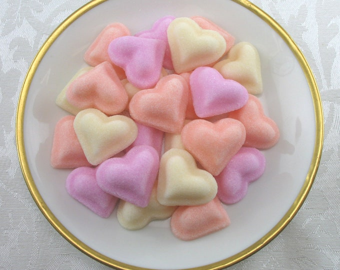 30 Puffed Heart Sugar Cubes in Sweetheart Mix