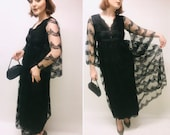 Vintage dress. Size 6 dress, size 8 dress, lace dress, black dress, lacy dress, Jean Varon dress, 60s dress, cocktail dress, evening dress