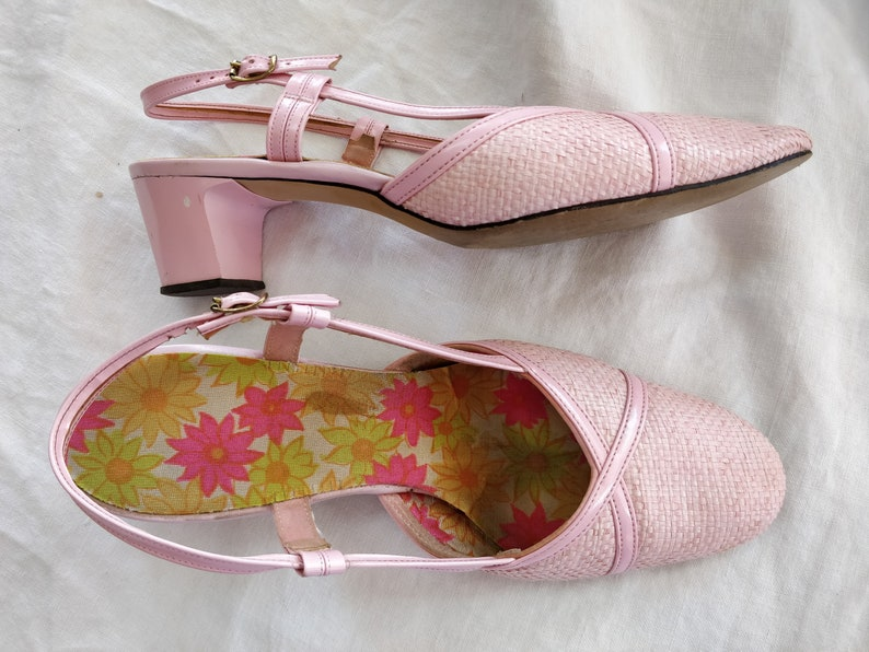 1960s Pink Slingback Sandals Woven Strappy Heeled 60s Shoes Size 9