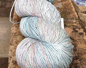 Destash - Dibadu Seda de Campo dk weight knitting yarn