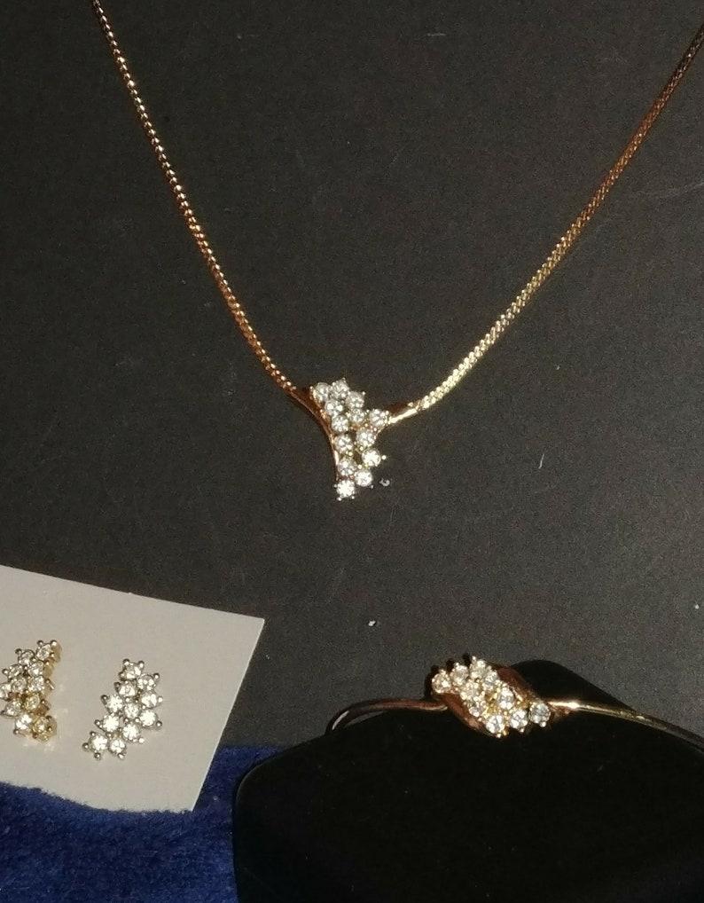 Never Worn, Vintage AVON Jewelry Set of Necklace, Bracelet and Pierced  Earrings