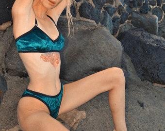 Velvet lingerie // bralette & brief in forest green