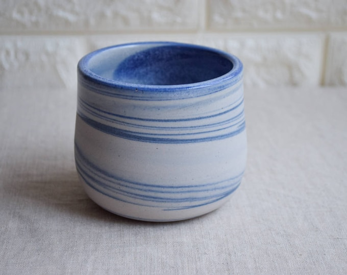 Blue and white marbled ceramic mug, contemporary mug, Ceramic Cup, Ceramic Tumbler, Porcelain Mug, Coffee Mug, interior design (M40)