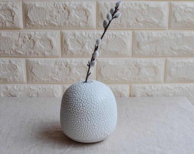 bud vase, white crawl vase, ceramic vase, porcelain vase, textured vase, modern vase, handmade vase, round vase, oval vase (V102)