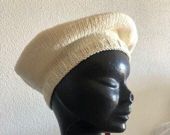 Beret woman girl in pure merino wool ecru