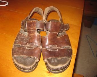 9b2622a92bf7b5 Vtg DR Martens Mens sz 8 womens sz 9 Air Wair Sandals dk brown made in  England Rock vtg dr martens