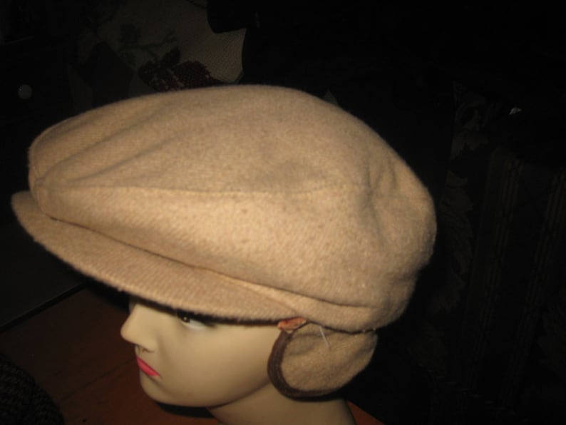 ad251b778dbed Vtg wool Beige Tan Gatsby Newsboy quilte lined pull down ear | Etsy