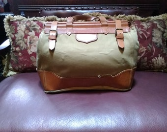 0776da7449a5 Vintage Distressed Ralph Lauren Doctor Like Bag Sold As Is