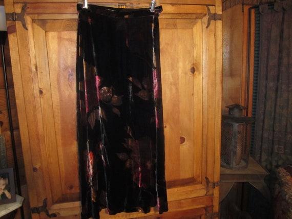Vintage  90s Laura Ashley Flowered Velvet Skirt Si