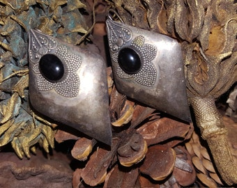 Vtg . Artisan 80s Silver And Black Onyx Pierced Earrings  2x1 Inches