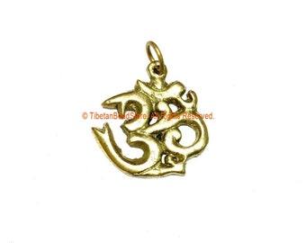 Sanskrit Om Brass Pendant - 1 pendant - Nepal Tibetan Brass Om Aum Ohm Mantra Charm Pendant - Ethnic Nepal Tibetan Yoga Jewelry - WM3770B-1