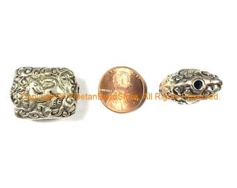 1 BEAD Ethnic Tribal Nepal Tibetan Repousse Carved Animal Details Tibetan Silver Metal Beads - Unique Focal Handmade Beads - B2418S-1