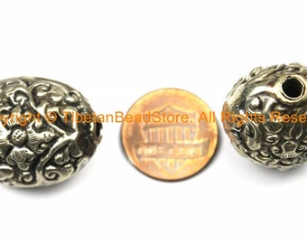 1 BEAD Tibetan Oval Shape Tibetan Silver Metal Bead with Repousse Hand Carved Floral Details - Ethnic Tibetan Beads - B3121-1