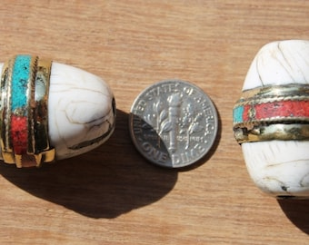1 BEAD - Ethnic Tibetan Thick Oval Naga Conch Shell Beads with Brass Rings, Turquoise & Coral Inlays - Artisan Handmade Beads - B1894-1