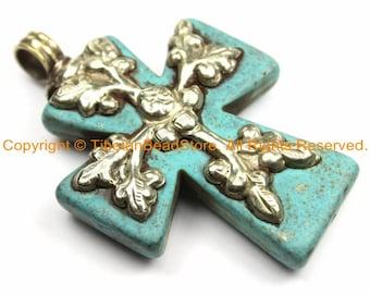 Phoenix Bird /& Lotus Floral Details WM6159 LARGE Tibetan Reversible Turquoise Cross Pendant with Repousse Tibetan Silver Bail