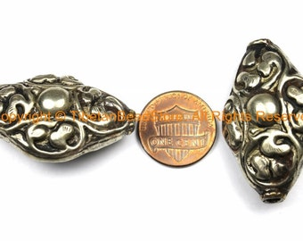 1 BEAD LARGE Tibetan Repousse Floral Cross Shape Focal Pendant Tibetan Silver Metal Bead - Ethnic Tribal Large Focal Bead - B3122-1