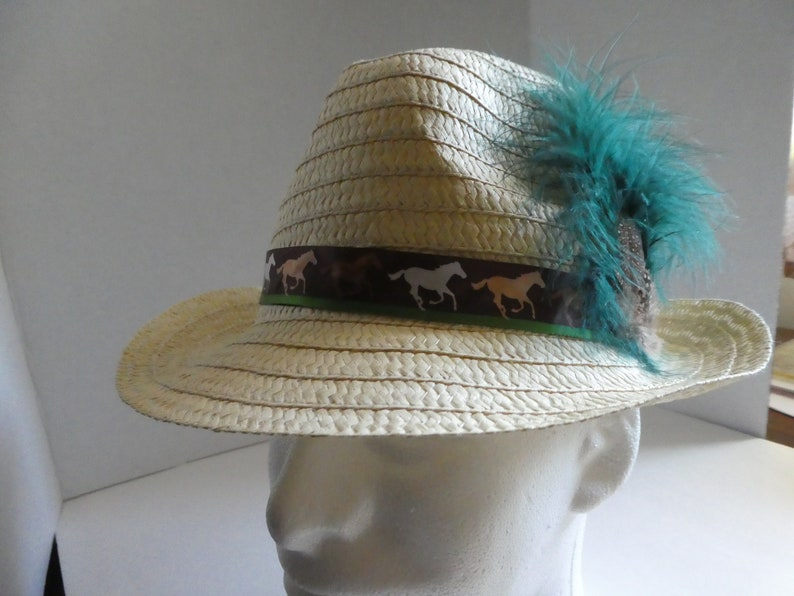 Hat; fedora; straw; Kentucky Derby
