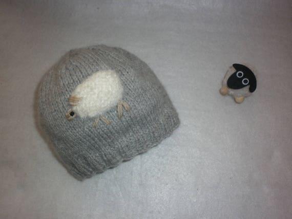17d527f355b7 Bonnet mouton bébé tricot 100 % fait main en France gris et   Etsy