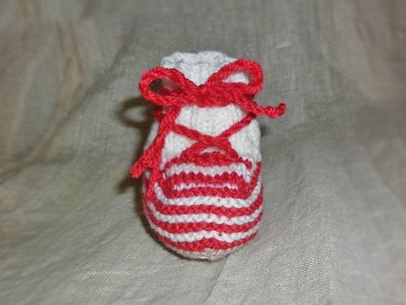 Baby knit 100/% handmade in France running shoes lace design stripes