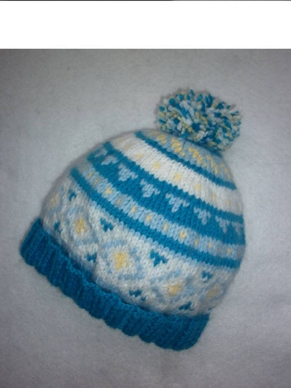 Bonnet tricot 100 % fait main en France création bonnet pompon   Etsy 935c6fb91b6