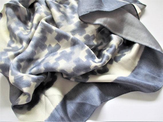 "Silk Designer Scarf / Shawl Large 31"" Square Geome"