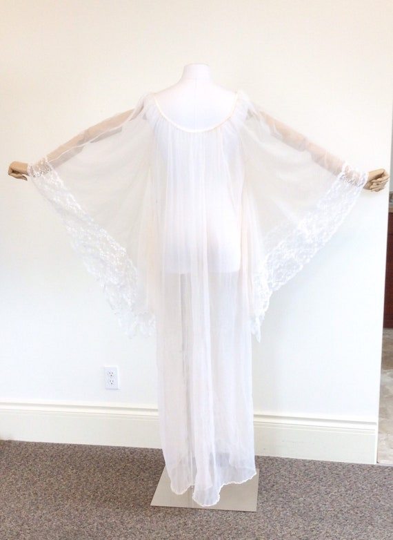 50 DOLLAR SALE /// 60s Peachy White Chiffon & Lac… - image 7