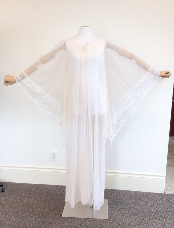 50 DOLLAR SALE /// 60s Peachy White Chiffon & Lac… - image 6