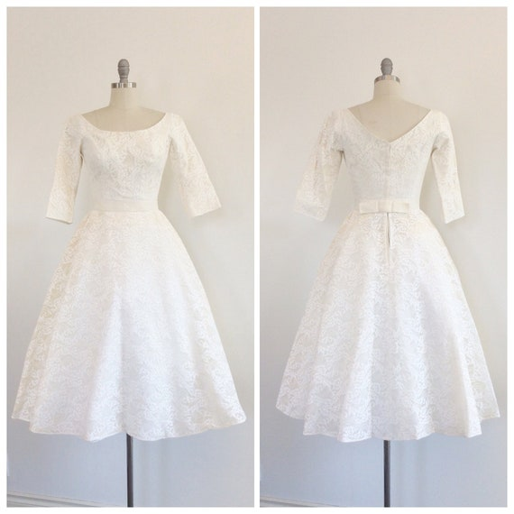 50s Ivory Cahill Lace Wedding Dress 1950s Vintage Tea Length Long Sleeve Wedding Dress Small Size 4