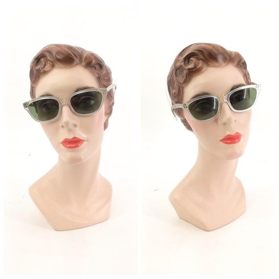 50s Silver Plastic Sunglasses / 1950s Vintage Sung