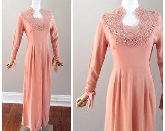 40s Light Pink Crepe & Lace Floor Length Dress / 1940s Vintage Gown / Medium / Size 8