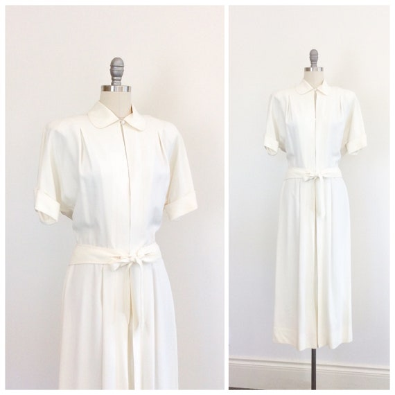 40s Ivory Rayon Dress / 1940s Vintage Collared Dre