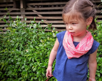 Baby & Toddler Infinity Scarf, Snaps On and Off (Diamond Sunset, Pink) SC105