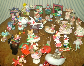 box of vintage christmas mice decorations 30 xmas mouse ornaments vintage lot of christmas mouse ornaments cute xmas mice in a box - Christmas Mice Decorations